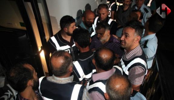 Bilecikte 24  FETÖ mensubu tutuklandı