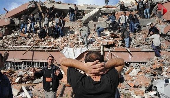 Gizli tanık açıkladı: Van depremi için toplanan paralarda FETÖ'ye gitti!