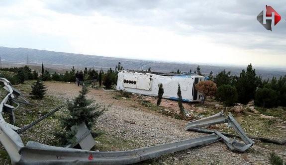 Arnavutluk'ta feci kaza: 28 yaralı