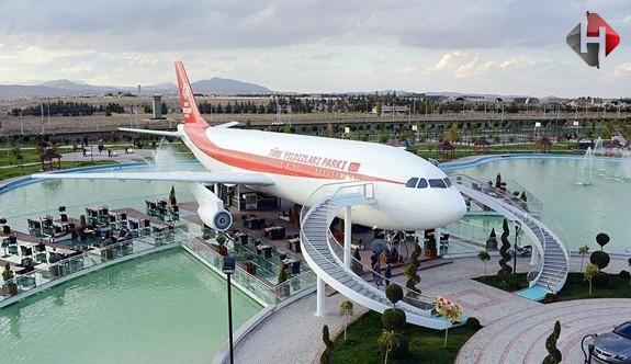 Bir İlk Gerçekleştirildi Yolcu Uçağı Artık Bir Restoran Oldu