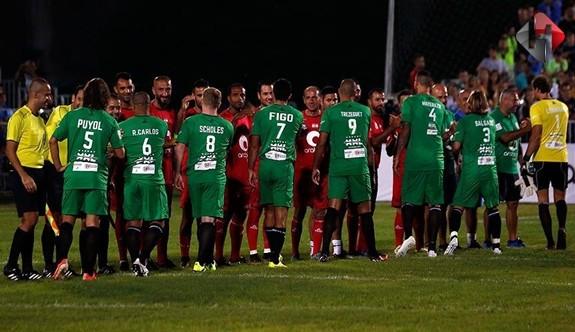 Futbol Efsaneleri Lübnan'dan Geçti