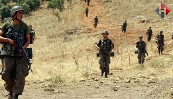 Hakkari'de çatışma çıktı: 3 asker şehit oldu