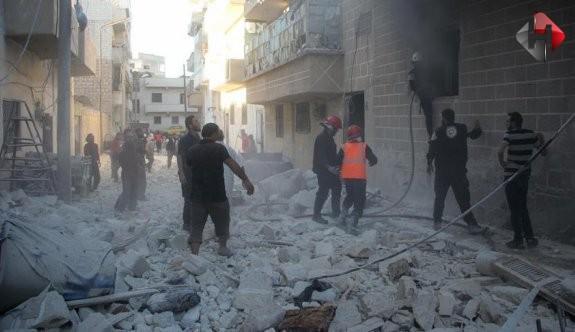 İdlib'te hava saldırısı: 20 ölü