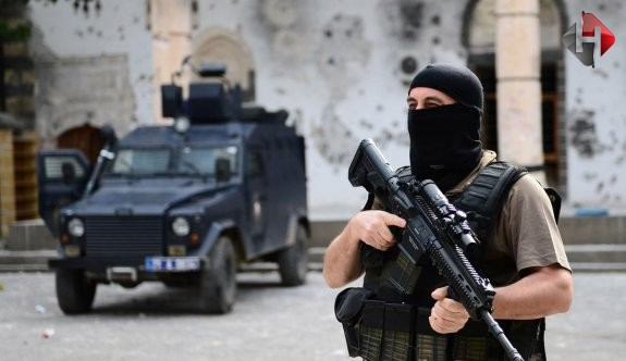 Kars'ta çatışma: 1 asker şehit!