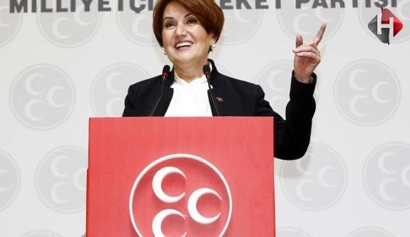 Meral Akşener, MHP'den İhraç Edildi!