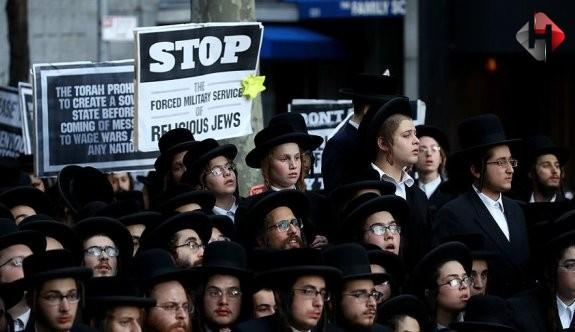 Ortodoks Yahudiler BM Genel Merkezinde isyan etti!