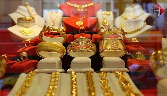Altın Fiyatları Hızla Artıyor