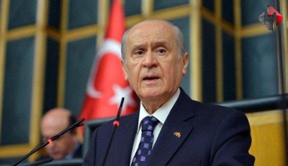 """Bahçeli: """"Türk vatanını bölüşme hayalleri kuranların hevesleri kursaklarında kalacaktır"""""""