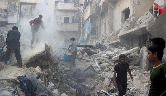 Halep'te hava saldırısı: 15 ölü