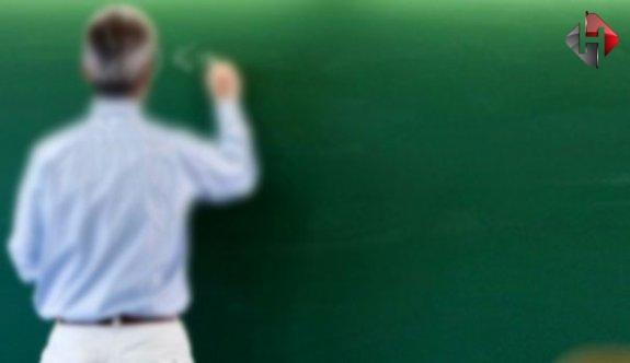 MEB'de operasyon 2 bin 400 öğretmen açığa alındı