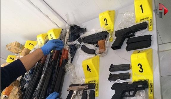 Suikast Silahlar Sınır Kapısında Ele Geçirildi