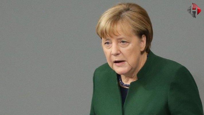 Merkel'den Türkiye hakkında önemli açıklama
