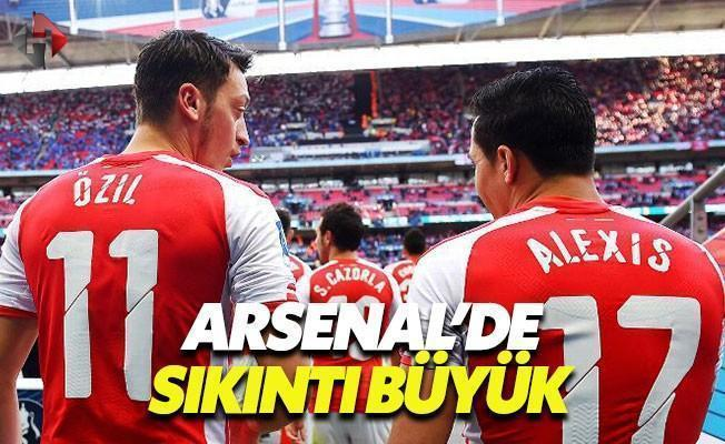 Arsenal'de Mesut ve Alexis Krizi