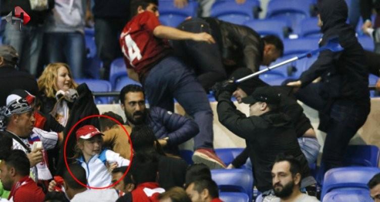 Lyon'da Beşiktaşlı taraftarlara tribünde saldırı