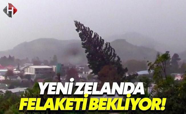 Yeni Zelanda Cook Kasırgasını Bekliyor