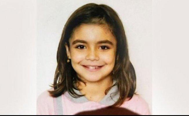 10 yaşındaki Ceylin Atik komşularının evinde ölü bulundu.