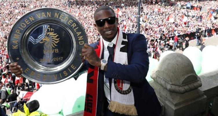 Eljero Elia'dan Başakşehir'e 3 yıllık imza