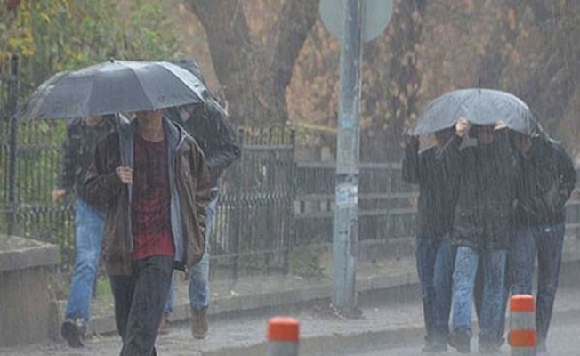Meteoroloji'den Flaş Uyarı İstanbul'a Fena Yağmur Geliyor