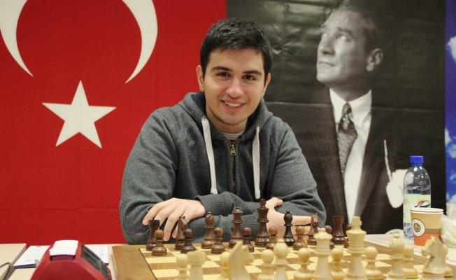 Satranç'da 12'nci Büyük Ustayı çıkardık!