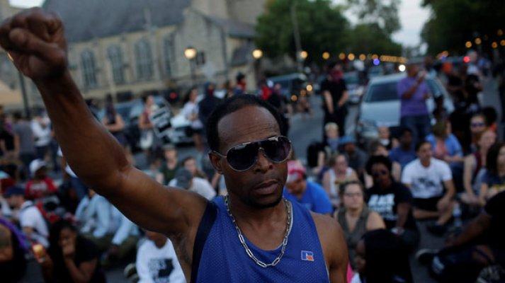 ABD'de Siyahi Halk Sokağa Döküldü