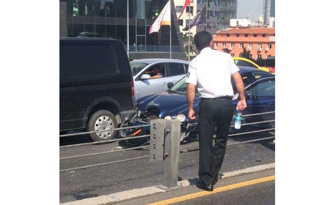 E-5 Mecidiyeköy'de zincirleme kaza: 5 yaralı