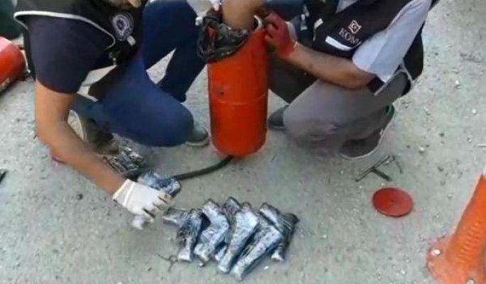 Mardin'de Kaçak Sigara ve Ruhsatsız Tabanca Operasyonu
