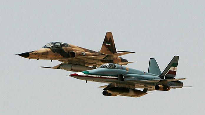 İran Suriye'yi Vuracak