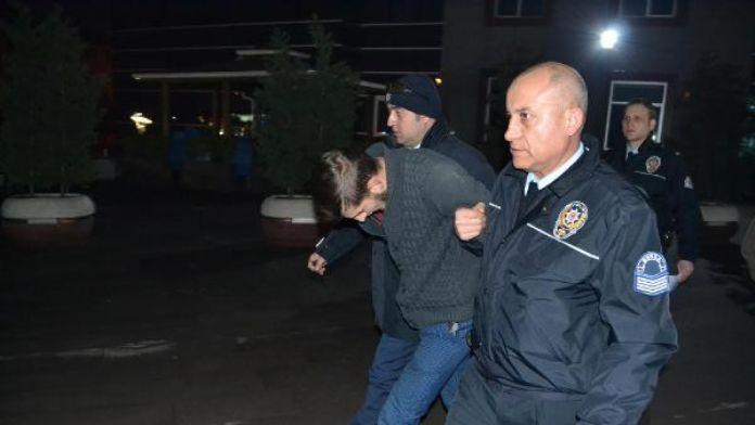 İnegöl'de 9 işyerinden hırsızlık yapan zanlı yakalandı