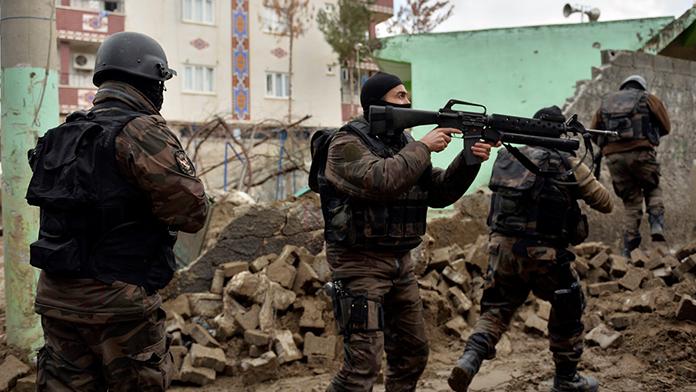 Asker ve Polislere izin kalktı