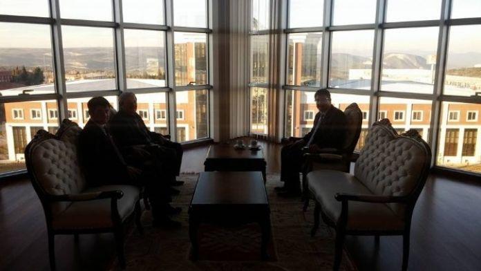 Başkan Şahin'den Rektör Taş'a 'Hayırlı Olsun' Ziyareti