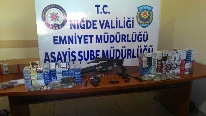 Marketten Sigara Ve Para Çalan Hırsızlar Yakalandı