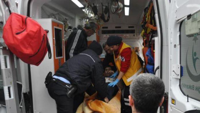 Akyazı'da iki kişi uyuşturucu komasına girdi
