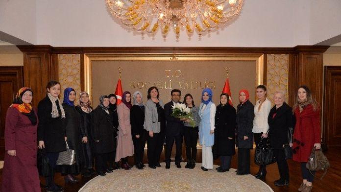 Kent Konseyi Kadın Meclisi'nden Vali Güzeloğlu'na Ziyaret