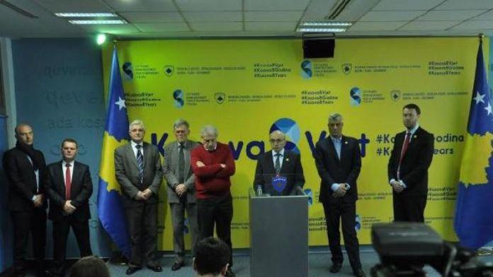 'Kosova'nın Bağımsızlık Gününde, Muhalefetin ne darbe yapmasına ne de polislerimizin yaralanmasına müsaade edeceğiz'