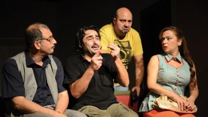 'Kuaförde Bir Gün' Zonguldak'ta Sahne Alacak
