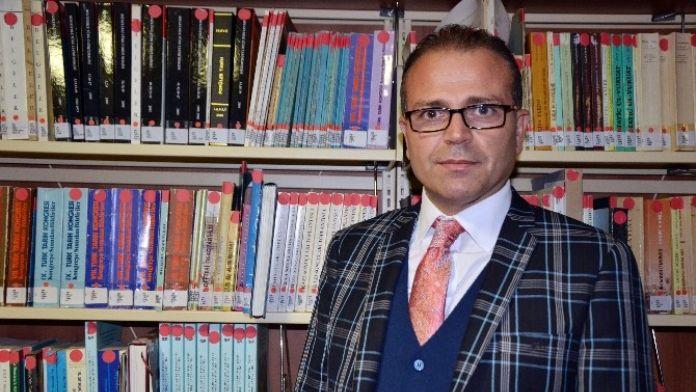 Sosyolog İsmail Öz'den, İngiltere'de Çekilen Türkiye Karşıtı Videoya Tepki