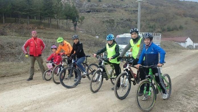 Eskişehir'de Yeni Bisiklet Şampiyonları Yetişecek