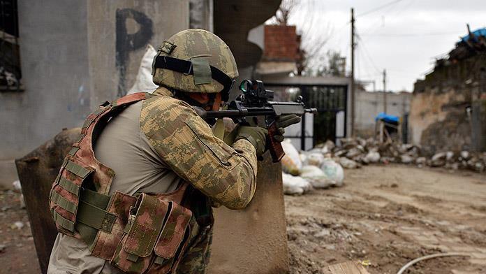 Cizre'de temizlik başladı : 18 terörist etkisiz hale getirildi !