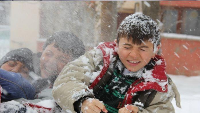 Doğu Anadolu'da okullar açılmadan tatil edildi