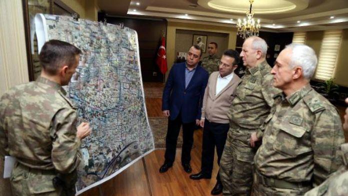 Orgeneral Huduti, Sur Kriz Yönetim Merkezi'ni ziyaret etti