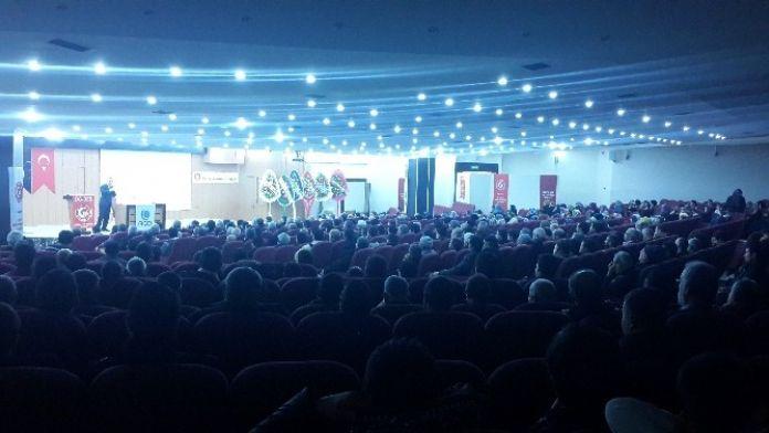 'Ölçümüz İslam' Konferansı Düzenlendi