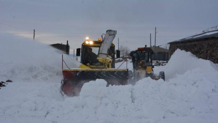 198 Köyün Kars İle Bağlantısı Kesildi