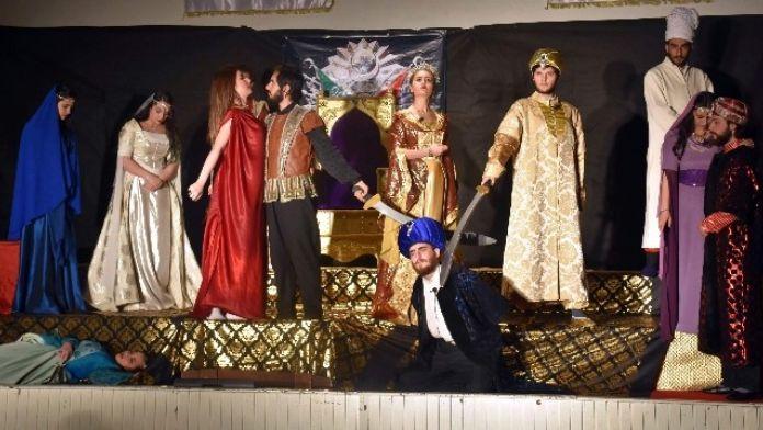 'Sultan Harem Taht Kösem' İncirliova'da İlgiyle İzlendi
