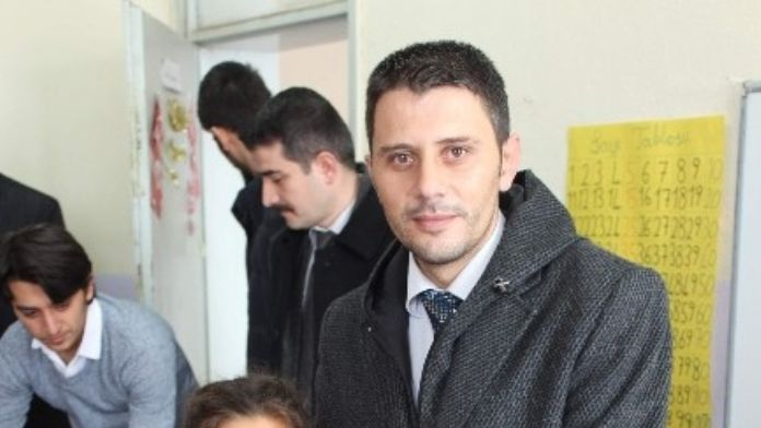 Beyşehir'de Üniversite Öğrencilerinden Eğitim Desteği
