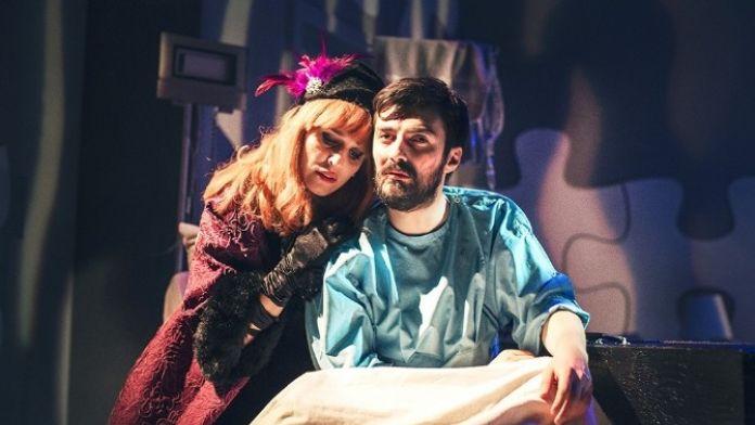 'Ziyaretçi' Adlı Tiyatro Oyunun Biletleri Satışa Çıktı