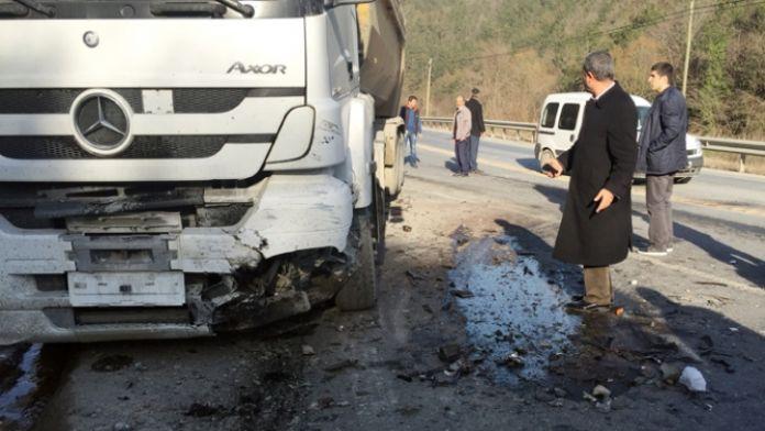 İstanbul'da feci kaza: 2 ölü, 5 yaralı
