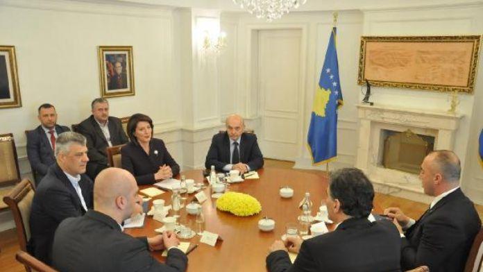 Kosova Cumhurbaşkanı ve siyasi parti liderleri arasında yapılan görüşmeden anlaşma çıkmadı