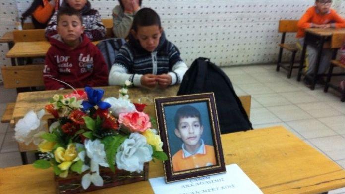 Elektrik Akımına Kapılarak Ölen Küçük Özcan'ın Sınıfında Gözyaşı