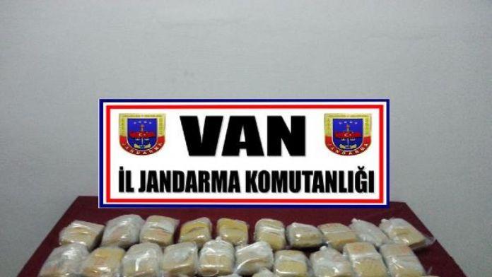 Van'da uyuşturucu tacirlerine darbe !