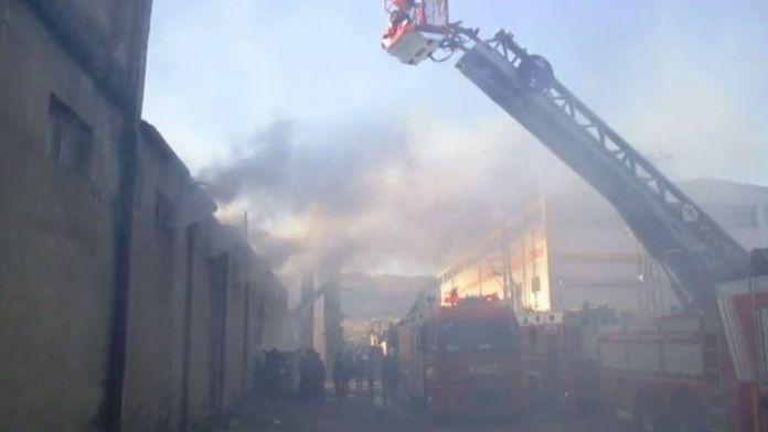 Kahramanmaraş'ta Metal Atölyesinde Yangın